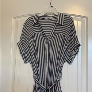 Carly Jean Los Angeles Dress Size M